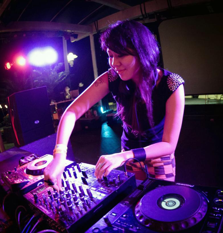 DJ pic 1